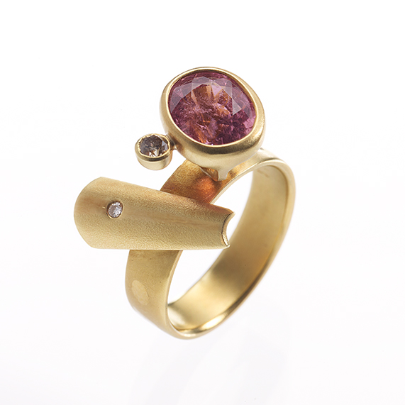 ARCHITECTURE (RING)